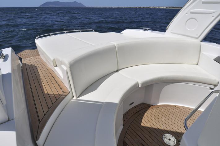 Xl yachting location de bateau bwa giens hy res - Cabinet de toilette avec eau courante ...