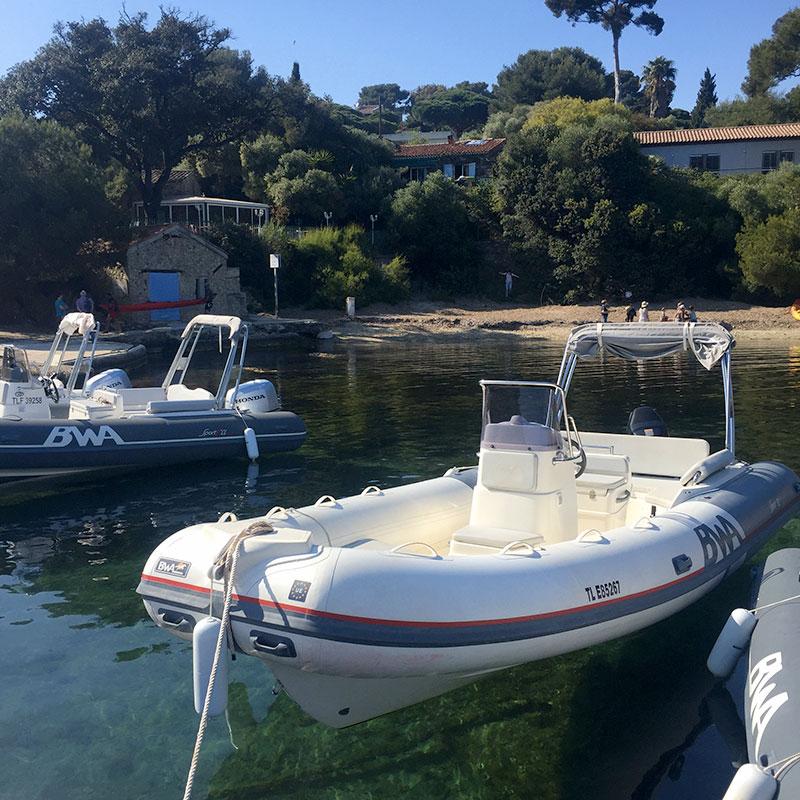 Location de bateau à Hyères pour une journée à Porquerolles