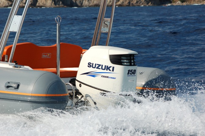 XL Yachting © J. Veyssade (12)_669x445_hyeres_tourisme